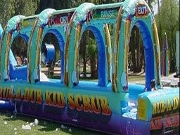 Rub A Dub Slip N Slide - http://partyprofessionals.com/az-attractions/water-activities/rub-a-dub-slip-n-slide/