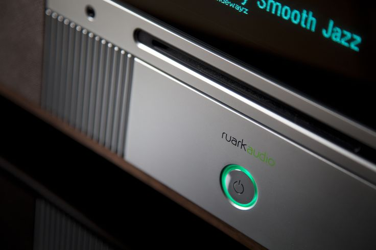Ruark Audio R7 : high fidelity radiogram