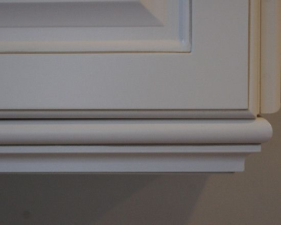Under cabinet light rail molding added to cabinets. - Best 10+ Light Rail Ideas On Pinterest Crown Molding Kitchen