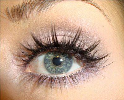 Dramatic Eyelashes