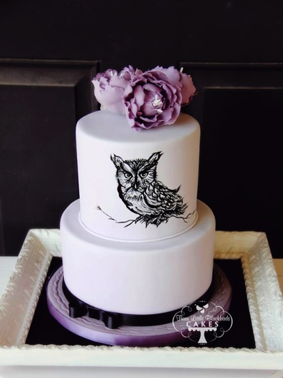 black and purple wedding cakes black white and purple wedding cake with painted owl 11822