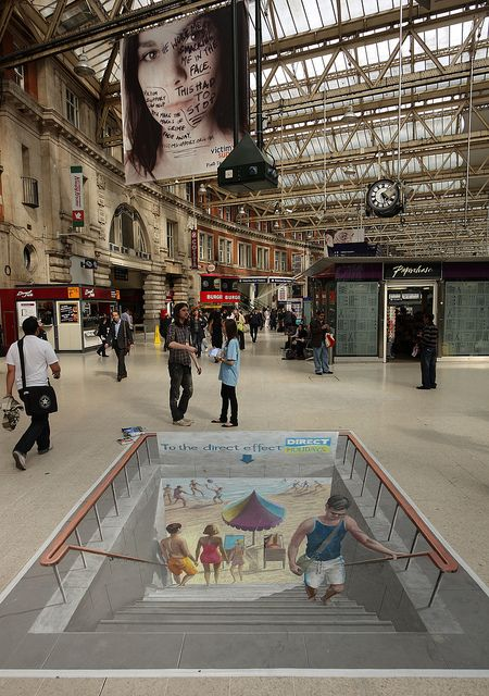 3D Art at Waterloo Station for Direct Holidays [5066]