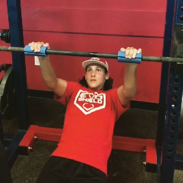 Camden Catholic Baseball Player Luke Mackara getting after it today at Impact with some fat Gripz inverted rows. #impactarmy #impactstrong #westberlinnj #southjerseybaseball #southjerseybaseballtraining