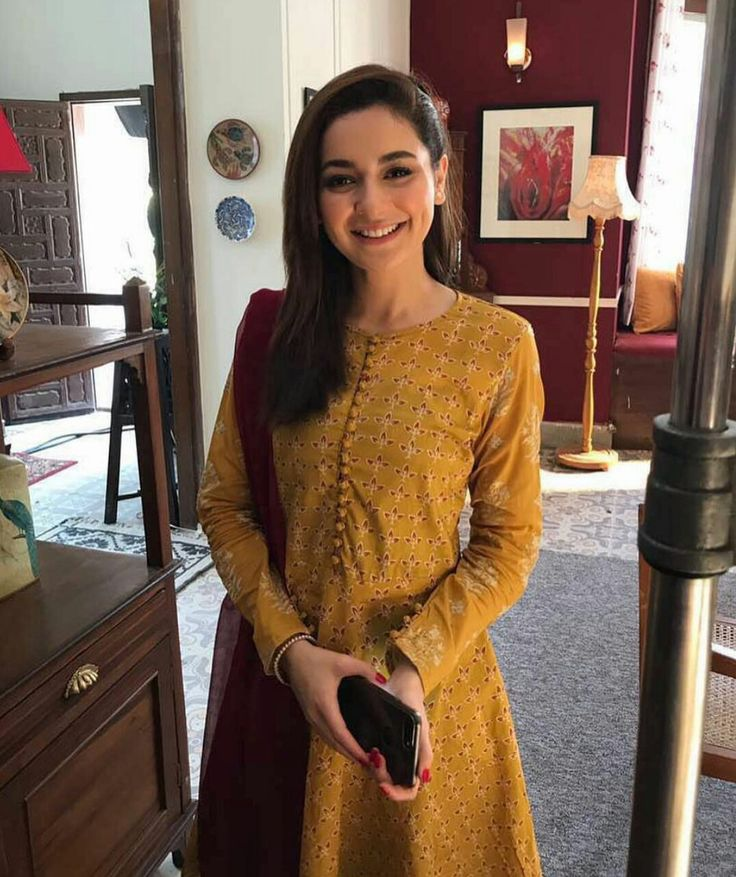New #JazzGirl The Lovely Hania Amir on the sets of Upcoming Commercial! ❤ #Beautiful #Cutest #Lovely #DimpleGirl #HaniaAmir #JazzGirl #PakistaniActresses #PakistaniCelebrities ✨