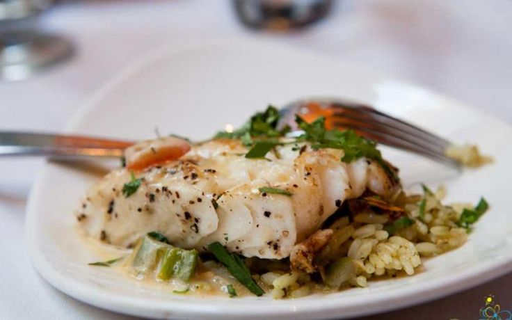 Chilean Seabass - jalapeno beurre blanc, cilantro-lime rice and sauteed vegetables - photo by Donna Binbek Mmmmm, Succulent!