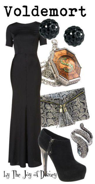 Outfit inspiriert von Voldemort, dem Bösewicht aus den Harry Potter-Filmen!