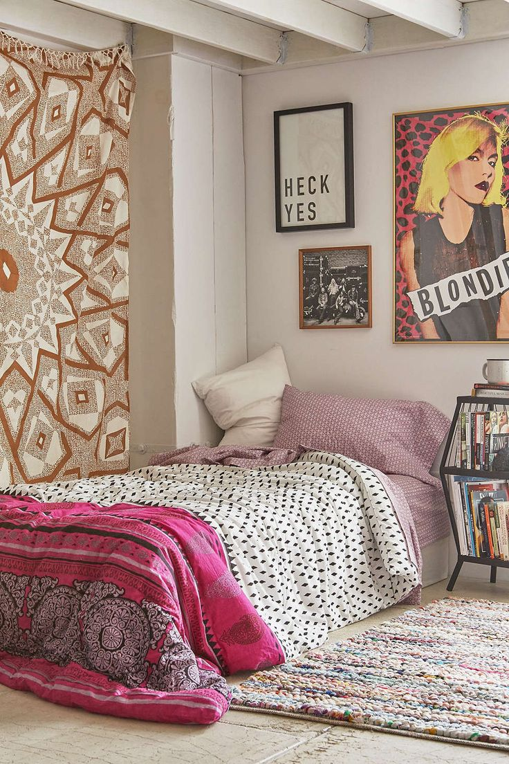 Magical Thinking Samira Geo Wood Comforter Snooze Set Urban Outfitters Art Work And Bedroom Ideas