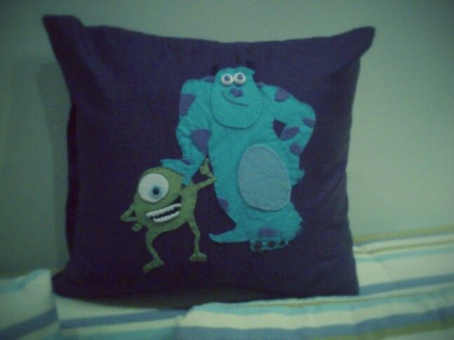 Monsters of ink pillow