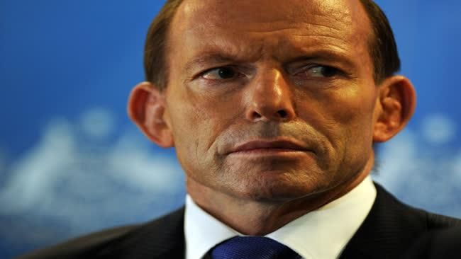 Prime Minister unity fail: Tony Abbott attacks 'unpatriotic' agencies when IS threat is real