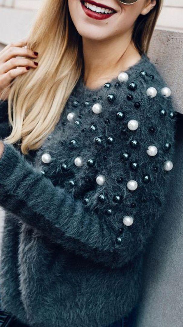 Tudoszinu kotott bluzra vagy szürke kötött ruhára Szürke kötött ruhara  Occasion Dresses f93c324efe
