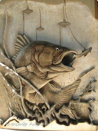 Картина панно рисунок Резьба Окунь-горбач по произведению А Дёгтева Дерево фото 1