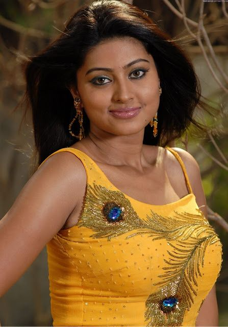 Beauty Galore Hd Sneha Hot Photos In Yellow Sleeveless Top