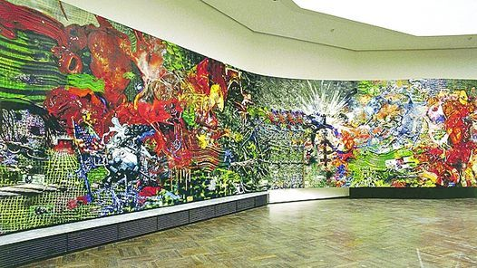 EXTENSION. La obra se exhibe, sinuosa y entrecortadamente, a través de varias salas. A CONTRARRELOJ. Dos semanas antes de la inauguración de la muestra, Marcaccio pintó trece metros más de obra. FRAGMENTOS. Detalles de la obra. 1 de 4  PAINTANT STORIES, 2000-2014. Técnica mixta. 113 x 4 metros.