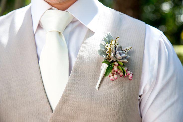 #willowbud #wedding #hinterland #bride #flowers #buttonhole #groom