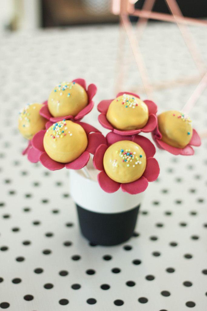 cake pop bloemen   Baking Lou