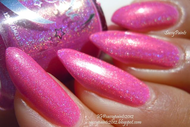 Pink Posy swatched by @sassypaints