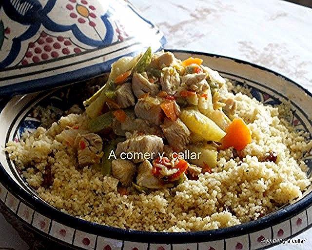 A Comer Y A Callar Cuscus Con Pollo Y Verduras Al Curry Con Thermomix African Food Food Couscous