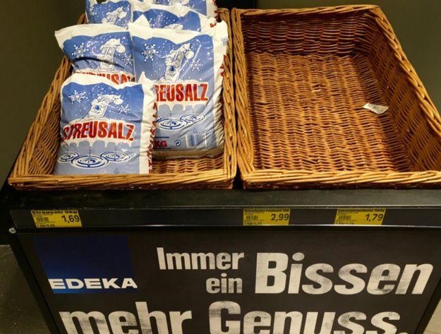 Hmmm. Streusalz - der Leckerbissen unter den Mineralien. | 29 Supermarkt-Angebote, über die keiner auch nur 5 Minuten nachgedacht hat
