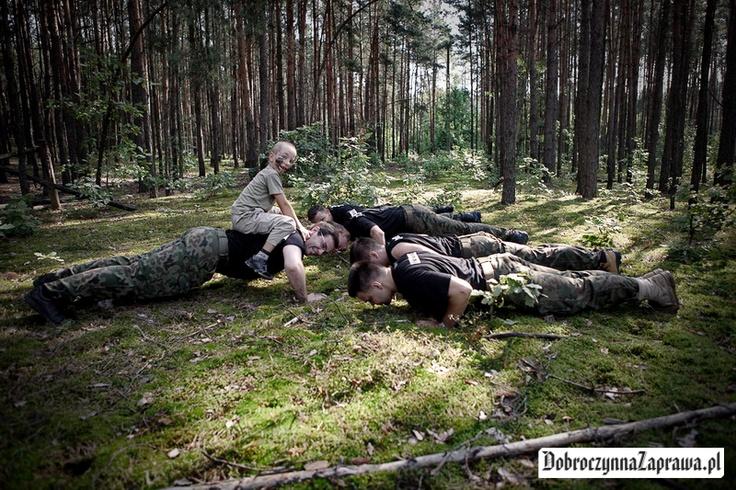 Cała ekipa związana z Dobroczynną Zaprawą. Dadzą radę zdjąć kilogramy i wesprzeć wspierane fundacje? / zajrzyj na www.dobroczynnazaprawa.pl