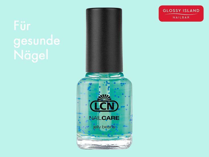 Unser Zaubertrank für schön wachsende Nägel: Nail Care Polish Jelly Bean versorgt eure Nägel nicht nur mit ganz viel Feuchtigkeit, sondern durch seine  blauen Mikroperlen auch mit einer Extraportion Vitaminen. Keine brüchigen Nägel mehr! #lcn #notd #nailsoftheday #manicure #Nagelpflege