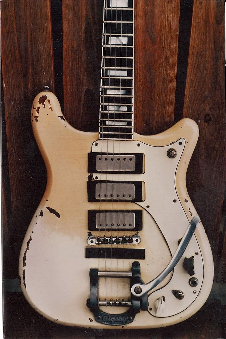 """1966 Epiphone Crestwood Deluxe, owned by Deniz Tek (Radio Birdman). Originally owned by Fred """"Sonic"""" Smith (MC5). Just over 200 were ever produced."""