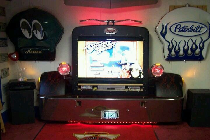 Man cave or garage / shop T.V. Surround - an old semi truck grill and bumper - sweet!