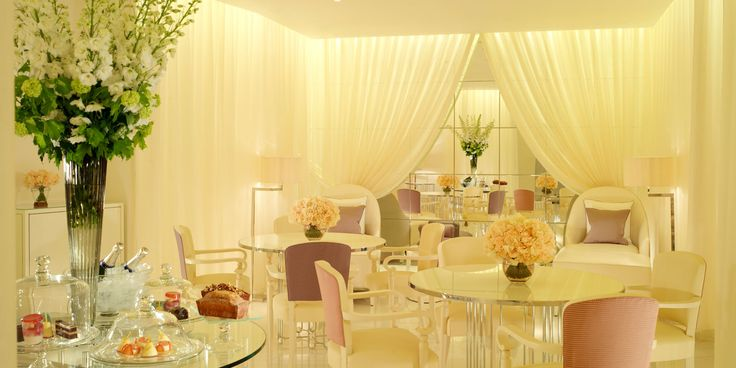 5 Star Hotel London - The Dorchester is a luxury hotel in Mayfair. Overlooking Hyde Park & located near Piccadilly & Marble Arch.