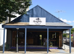 Shady Palms Cafe Bar Stones Corner | Must Do Brisbane