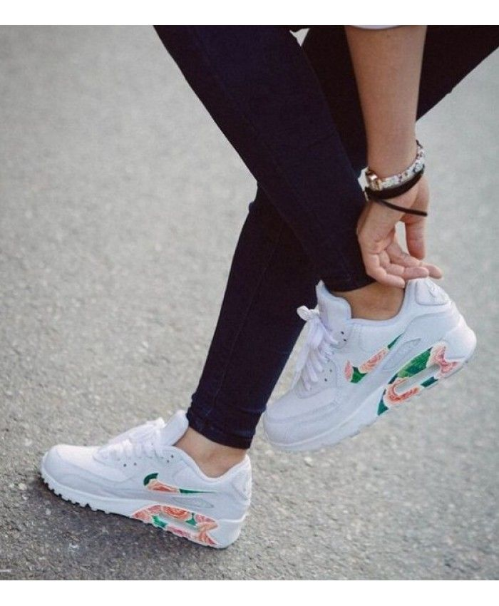 Nike Air Max 90 Trainers In White Floral  6ab4b94c31
