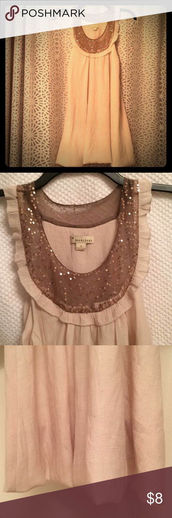 Twentyone Cream Potato-Sack Dress w/ Gold Sequins Brand: Twentyone Size: Small Condition: Fair *Some fabric balls, a few loose sequins, no fraying, seam in back looks a little crooked, but only slightly noticeable* twentyone Dresses