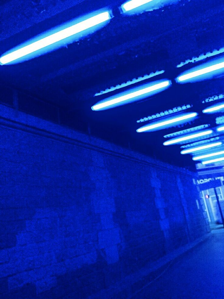 Blue To Green Flakie Gradient: #aesthetic #blue #neon