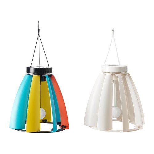SOLVINDEN Solcells-/vinddriven taklampa IKEA Skapar intressanta ljuseffekter när den roterar i vinden.