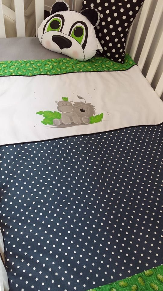 This magnificent bedding is 100% made in Quebec.  The original design will charm you!