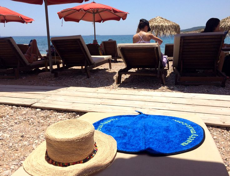 """IT'S A COMFY + HYGIENIC BAMBOO MICROFIBRE FOOTMAT. ... """"Perfect to keep in your changing bag great for swimming and days out, keeps your swimwear clean on dirty surfaces."""