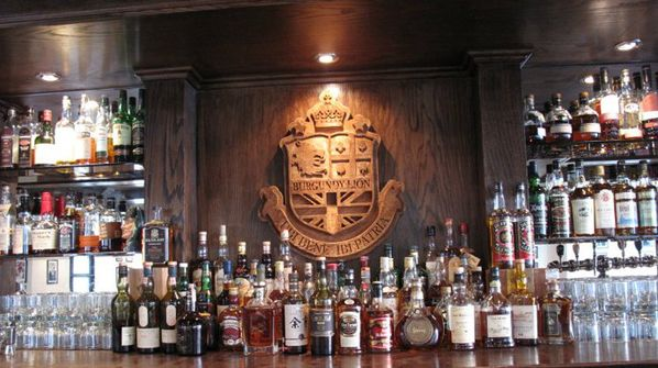 Burgundy Lion is a great bar in Griffintown. A good selections of beers and whiskeys