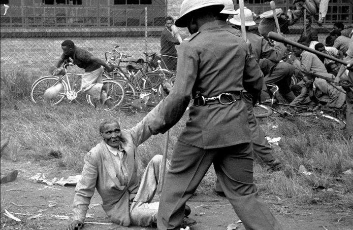 South+Africa+strike+1961+Sept+8+2013.jpg (695×454)