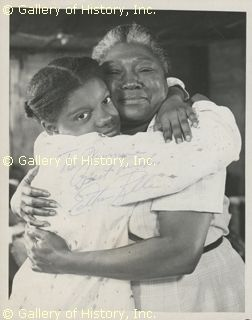 Esther Rolle | ESTHER ROLLE - INSCRIBED PHOTOGRAPH SIGNED CIRCA 1980 - DOCUMENT ...