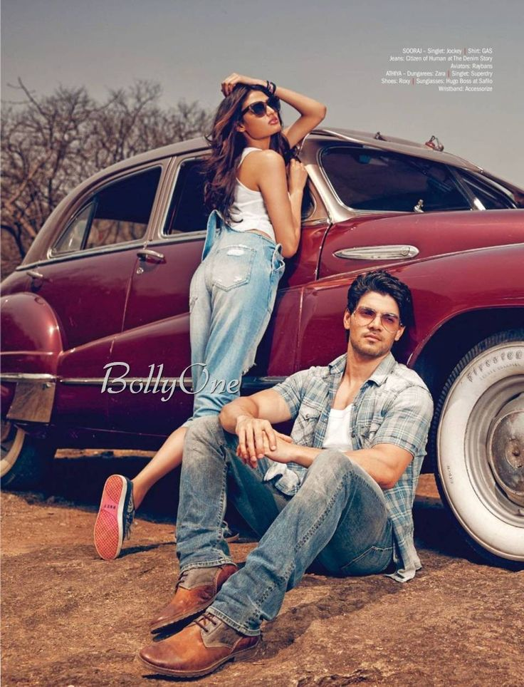 Sooraj Pancholi & Athiya Shetty Hot & SpicRomancing Inside a Car-Filmfare June-2015