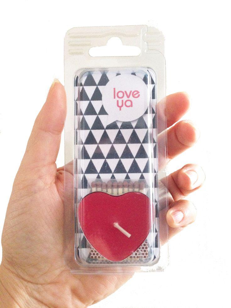 Love Ya - Feelgoodie. Wenskaartje incl. #Valentine #Love. Wenslichtje in de vorm van een hartje. Achterop ruimte voor een anonieme #Valentijn wens.