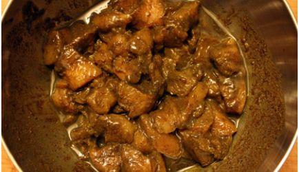 Overheerlijke Surinaamse Kip / Eend (Doksa) Masala recept   Smulweb.nl