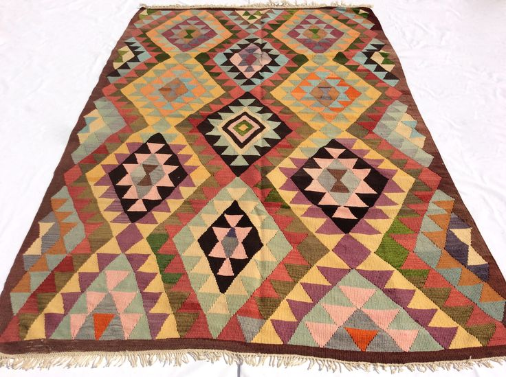 "Milas Kilim with diamond Pattern 8'7"" x 5'7"""