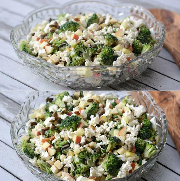 Simpel og skøn salat med broccoli, æbler og en dejlig dressing samt feta og sprøde græskarkerner på toppen.