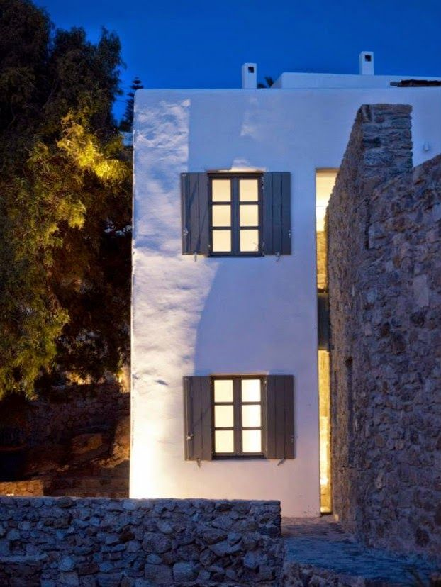 http://www.homedesignlove.com/2014/09/modern-cycladic-interior-with-sense-of.html