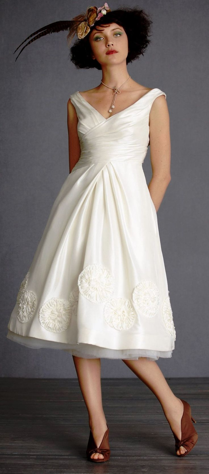 Plus size wedding dresses for older brides l300 for Wedding dresses for plus size mature brides