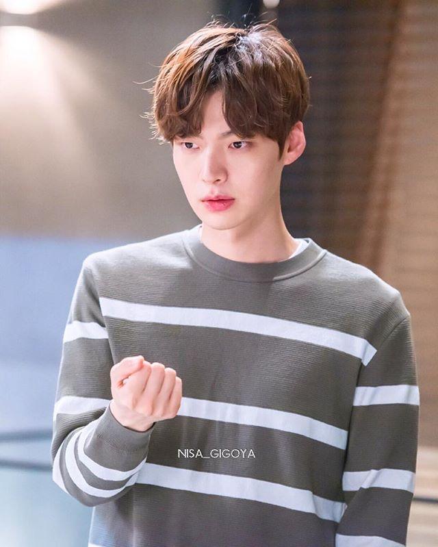 So handsome ☺️☺️ Still cut - Ahn Jae Hyun ♥️ @aagbanjh