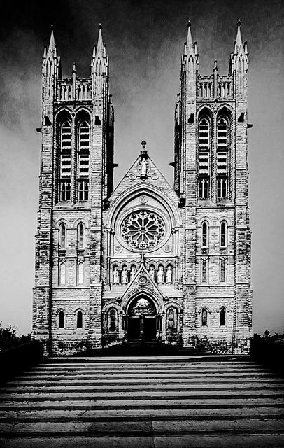 Church of our Lady, highest building in my hometown of Guelph, Ontario. Not sure if it is still law, but no building was to be taller than this church.  Even more spectacular inside :)  #Guelph #MLI #ESL #LearnEnglish #Canada #ON #Homestay #StudyinCanada