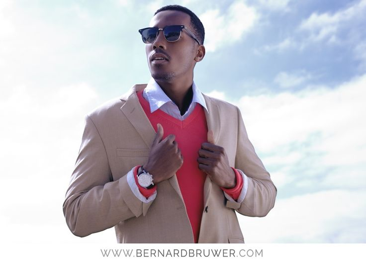 #mensfashion #sophsiticatedmen #capetown #spring #summer #fashion #suits #sunglasses #bernardbruwer #sybildoms  www.simplysophisticatedmen.com