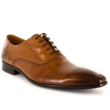 Lugarno is a lace-up derby style dress shoe. A classic design, with laser embossed detailing.