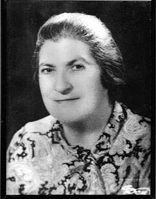 Sabire Aydemir, ilk kadın veterinerimiz. ((1910-1991)