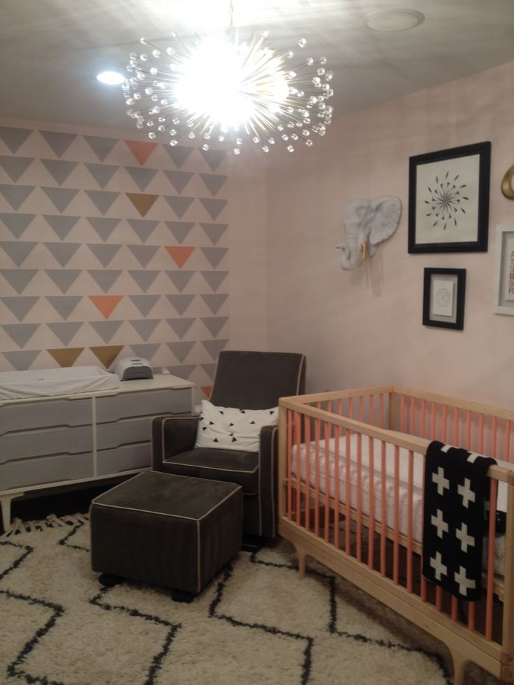 36 best images about girl 39 s nursery ideas on pinterest for Nursery project ideas